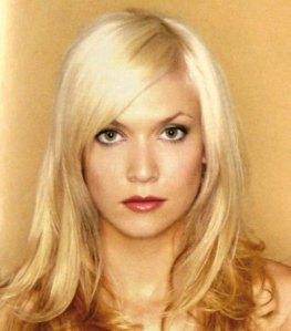 2002-long-blonde
