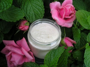homemade lotion Peppermint Rose sept 11 2012 010