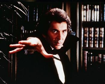 Frank-Langella-Dracula